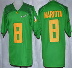 Oregon Duck #8 Marcus Mariota 2015 Playoff Rose Bowl Special Event Diamond Quest Light Green Jersey